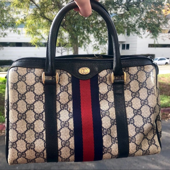 VTG 1980's Authentic GUCCI Navy Boston Doctor Bag